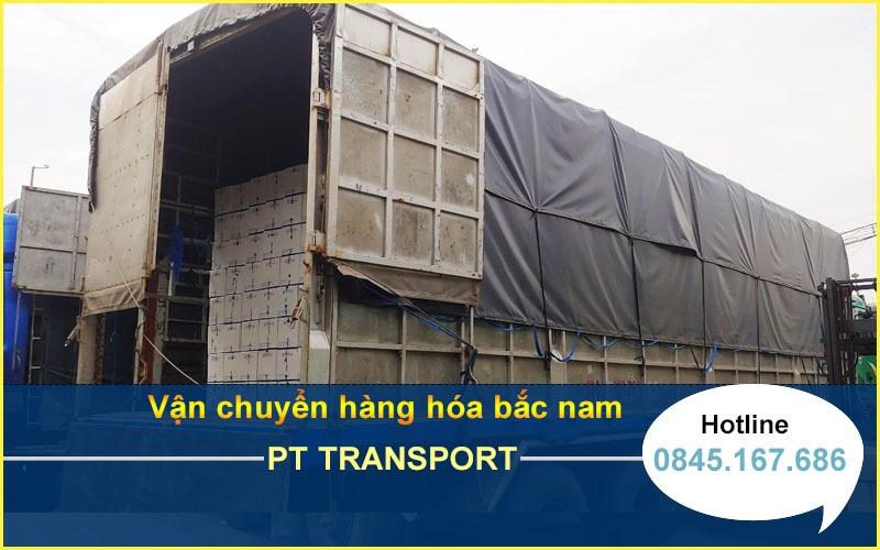 Hệ thống xe tải vận chuyển những mặt hàng chuyên chở của công ty