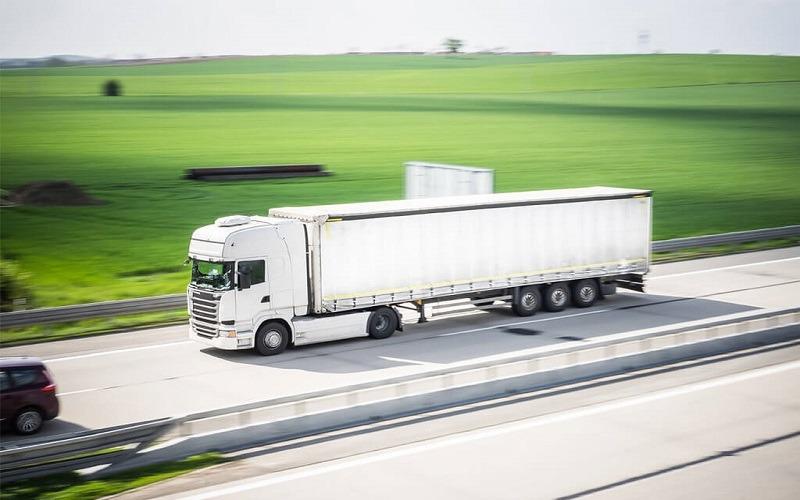 Hàng hóa ít có gửi vận tải container được không?