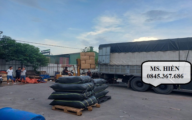 Hình thức chở hàng bằng xe tải